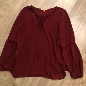 Burgundy tie up top with bubble sleeves
